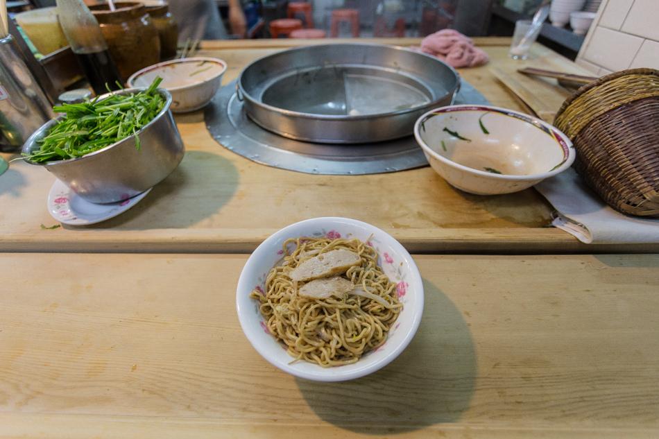 2015-08-19阿胖豬油拌麵