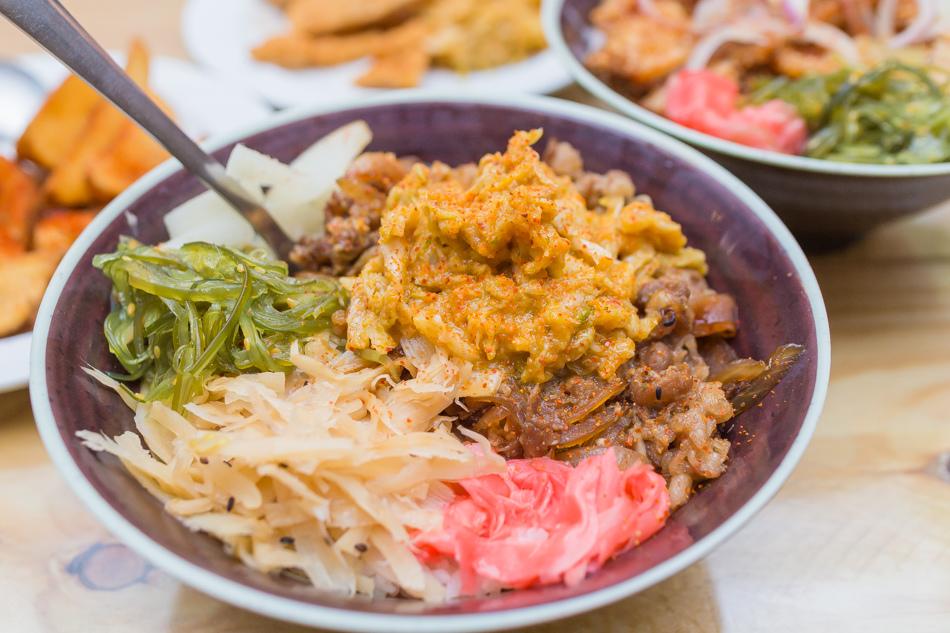 楠梓美食 - 粗飯餐廳