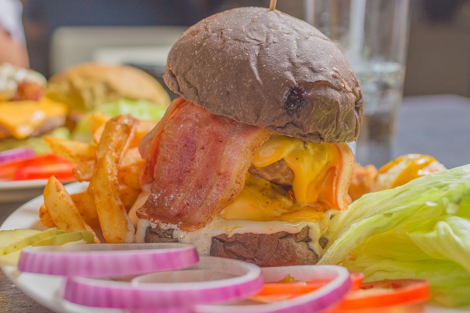 布雷克漢堡