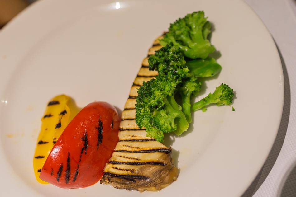 岡山a-steak牛排餐酒館