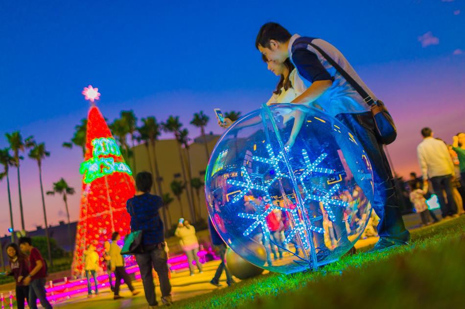 夢時代 夢幻耶誕光廊