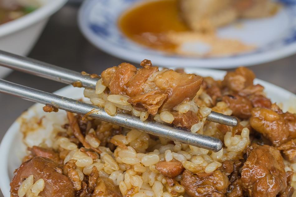 大同路豬血湯肉臊飯肉粽