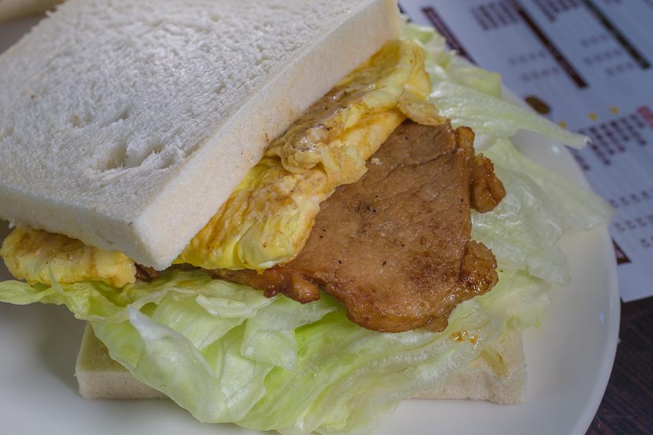 台中美食 - 夏茶爾活力餐飲 x 中興大學美食