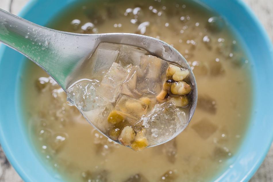 享天然綠豆湯 / 高師大阿勃勒