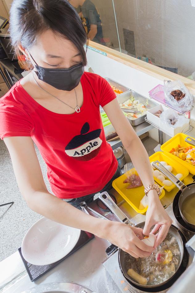 高雄美食 - 鐵雄食堂 / 鍋燒意麵 | 酸辣粉