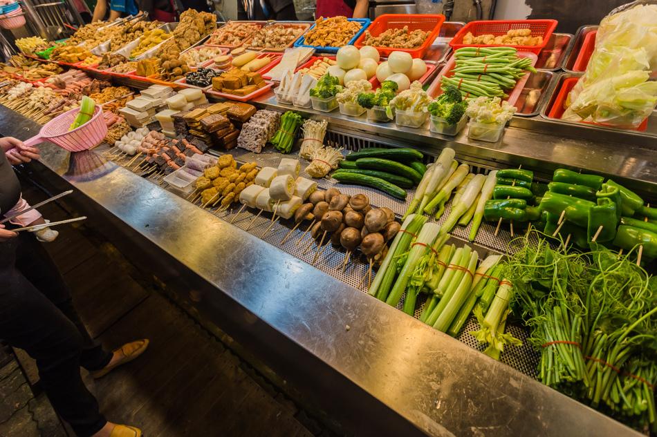 ▲蔬菜、肉品、海鮮,應有盡有。