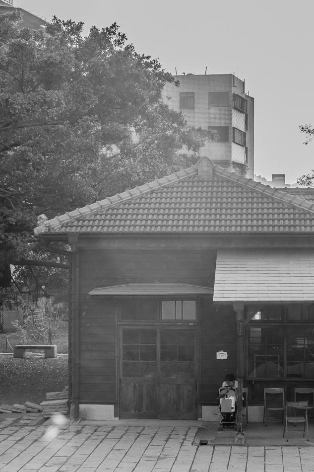 高雄景點 - 三塊厝車站