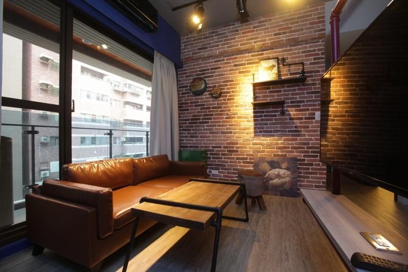 016 - M & M House---Loft-a.jpg