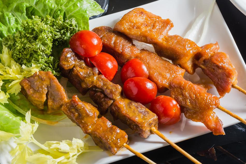 台南美食 - 凸凹餐酒館