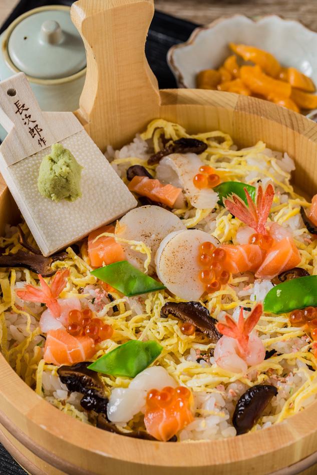 炙燒海鮮干貝散壽司