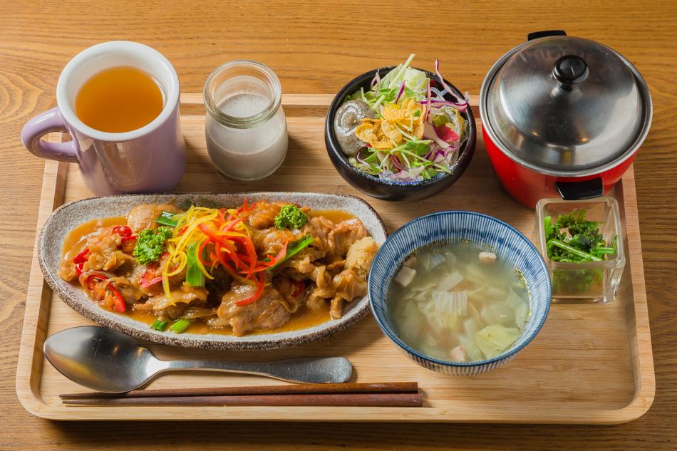 薑燒松阪豬定食