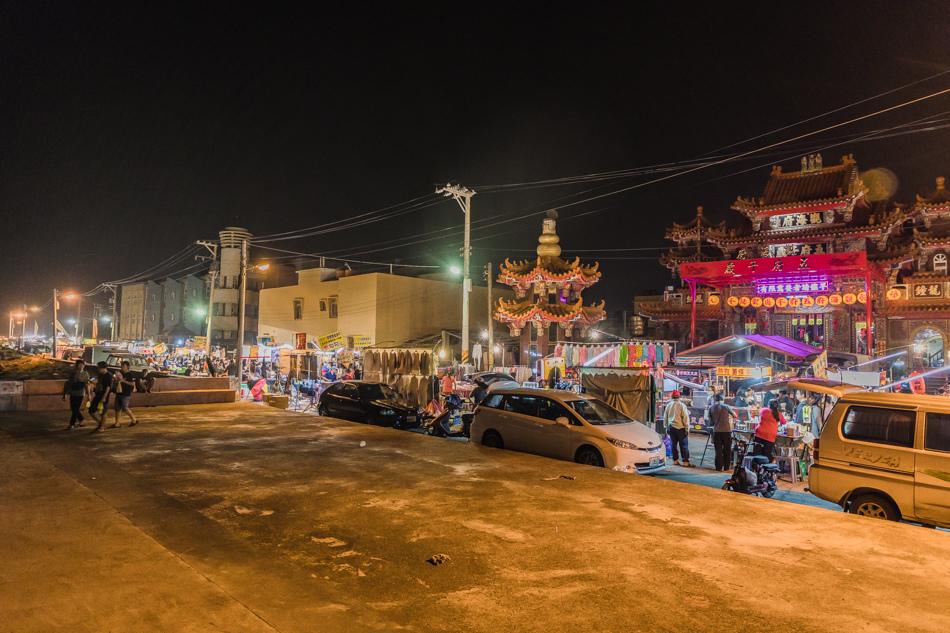 蚵仔寮夜市