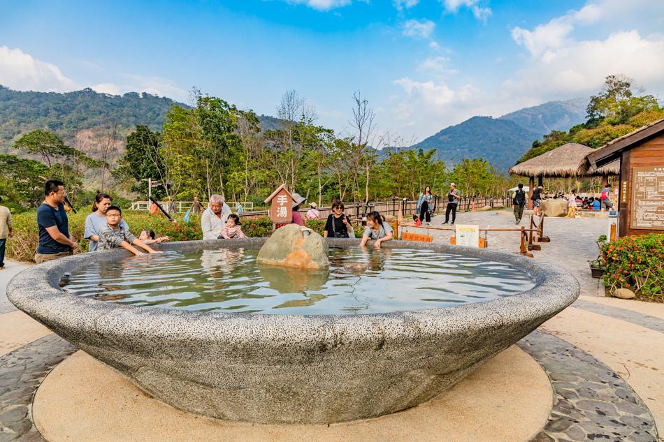 六龜旅遊 - 寶來花賞溫泉公園