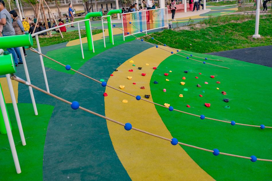 衛武營都會公園玩沙區
