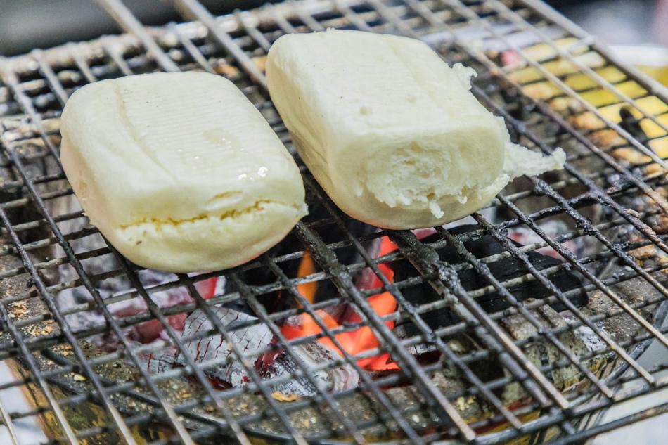 東港宵夜 佳吉飲料店烤饅頭