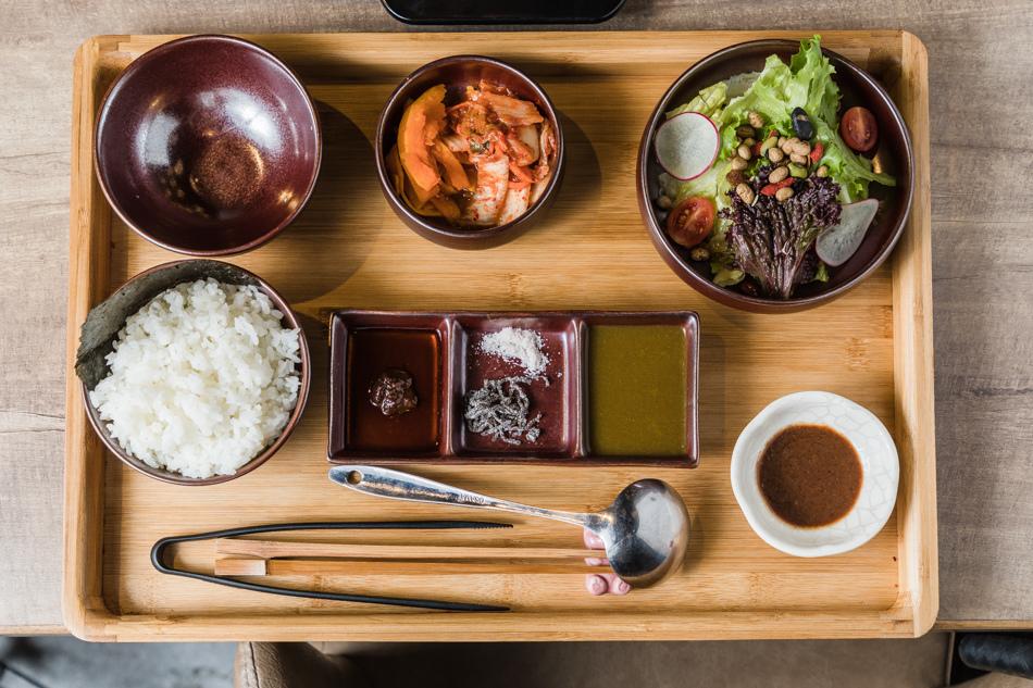 高雄美食 - 宮鶴炙燒專門店