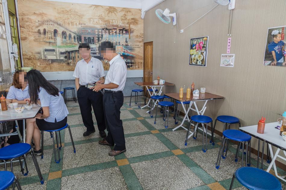 哈瑪星美食 - 60年老店碗粿枝