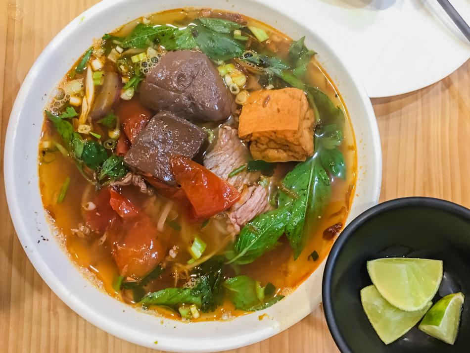 橋頭美食 - 妮妮越南美食館