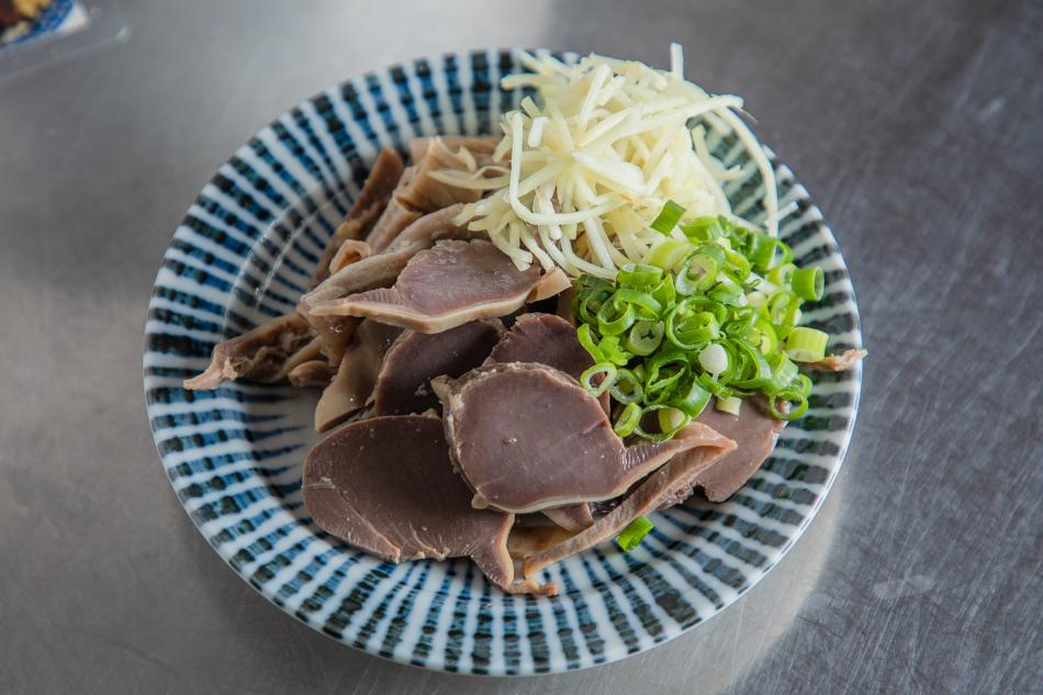 隱藏料理,特製鴨胗(50元)