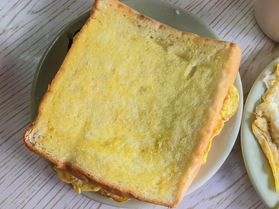 岡山美食 - 新源發早餐