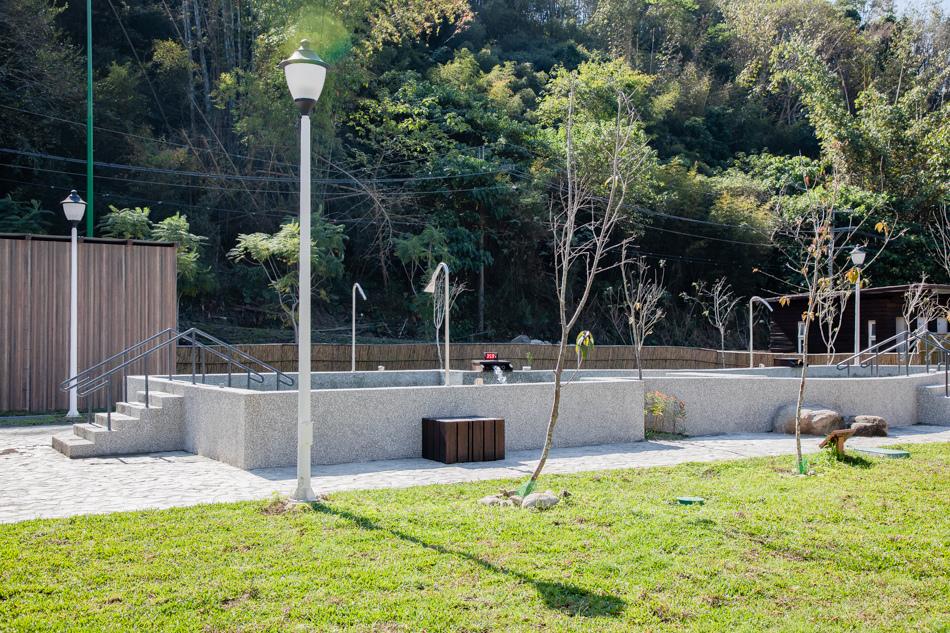 六龜花賞溫泉公園露營趣