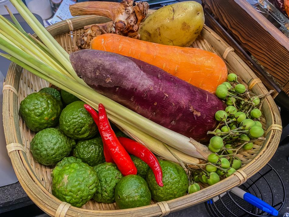 龍華市場美食 - 掌男咖哩飯