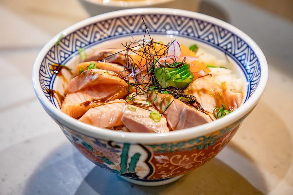 旗津美食 / 壽司 / 丼飯 / 來溫叨呷奔