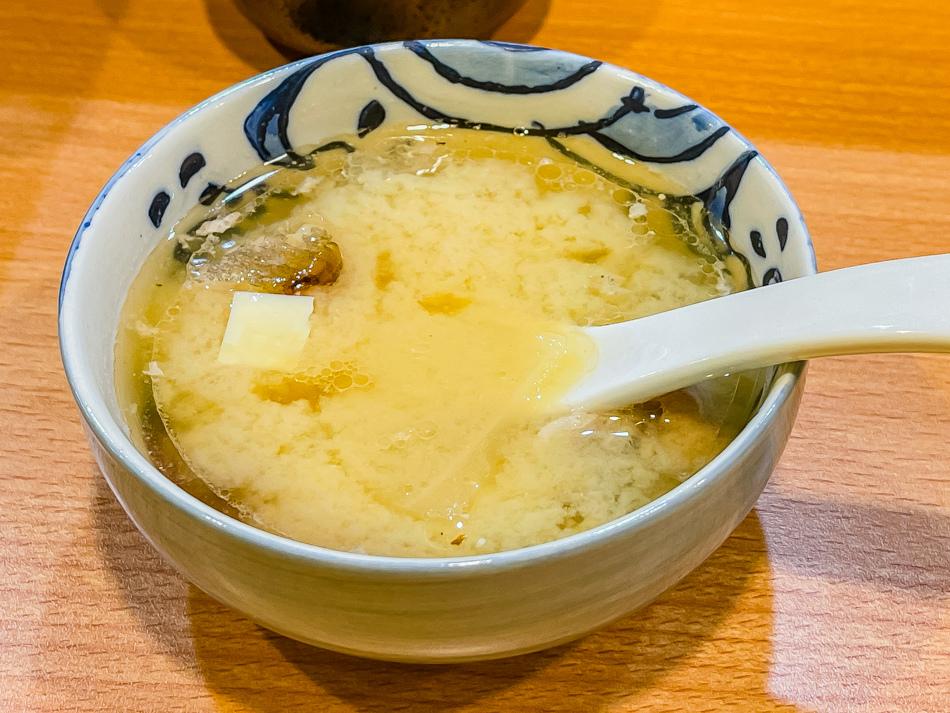肆不惑壽司丼飯味噌湯