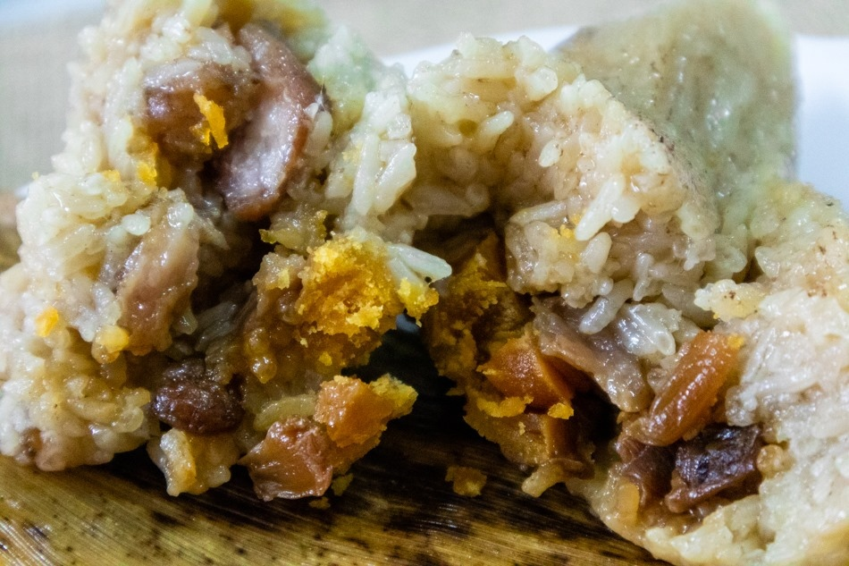 高雄鹽埕美食 - 阿伯肉粽