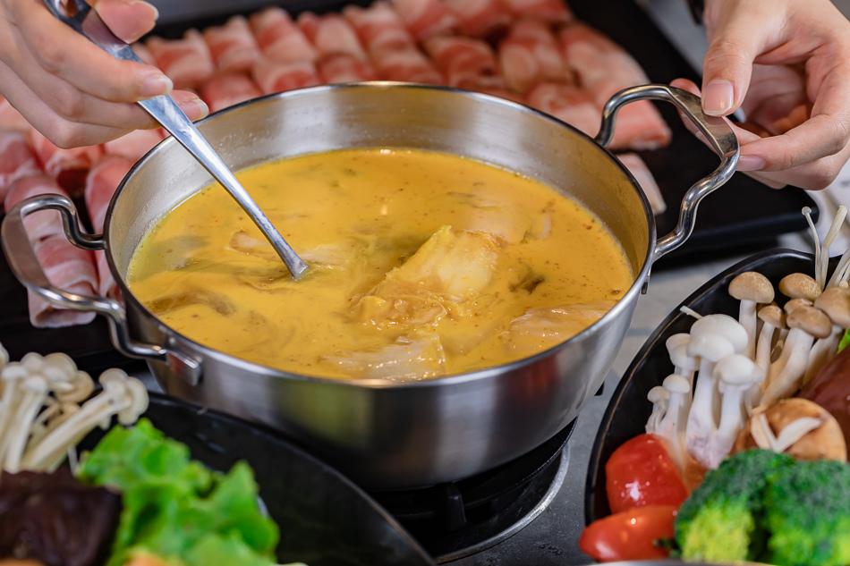 黃金泡菜湯