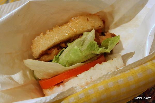 20101013-高雄桌遊又一章-Fun4-米漢堡-醬燒牛肉米漢堡-內用80元