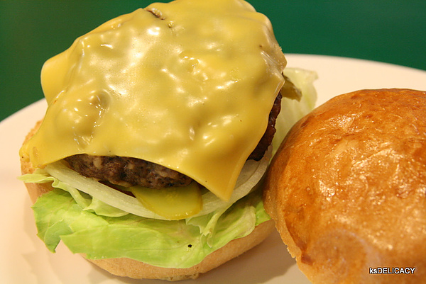 高雄美式漢堡-那間店
