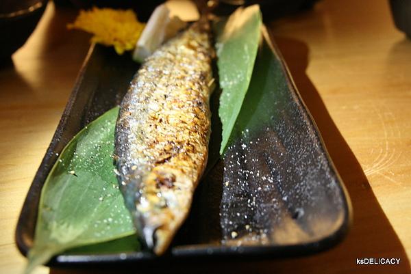 高雄鼓前堂-鹽燒秋刀魚