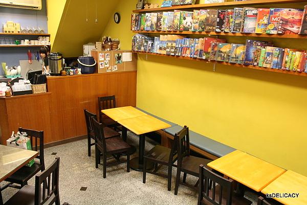 高雄左營遊戲飲食館GameCafe-一樓美景