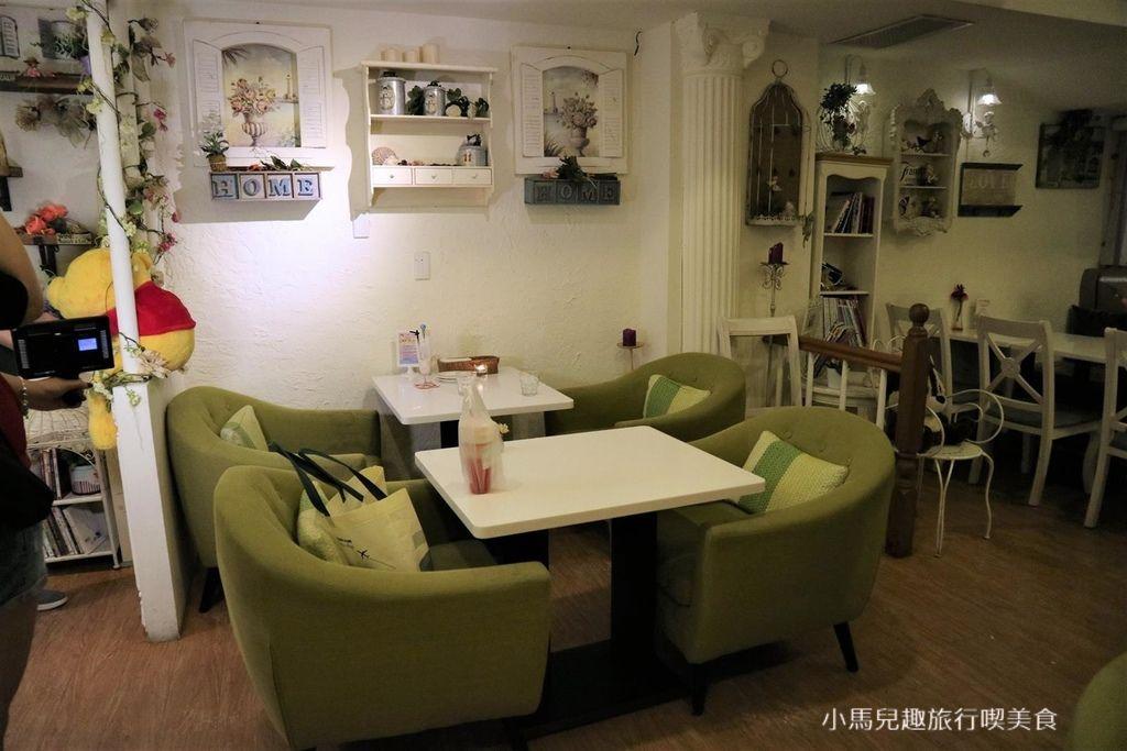 Oyami cafe.板橋 .裝潢 (46).jpg