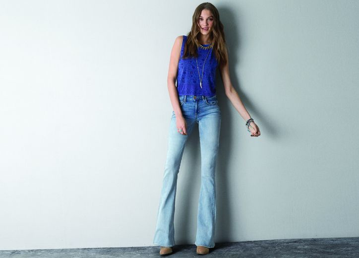 american-eagle-flare-jeans-70s-style-w724.jpg
