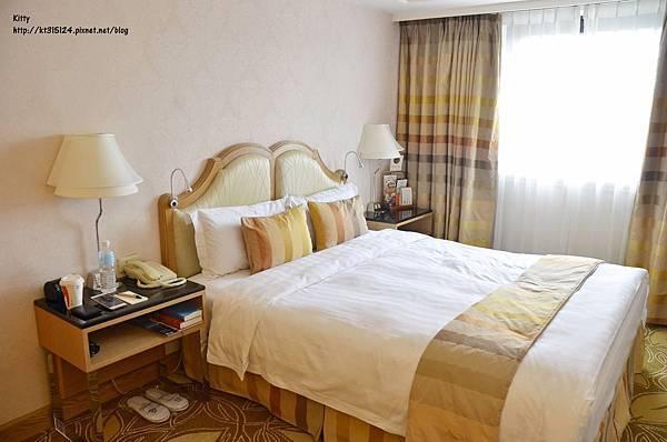 【台北】歐華酒店一泊二食 晚餐享受高規格地中海牛排館的美國杉河農場濕式熟成50天肋眼牛排