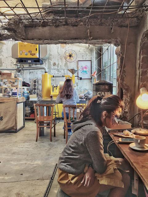 Ruins Café via Kate's Fun Zone