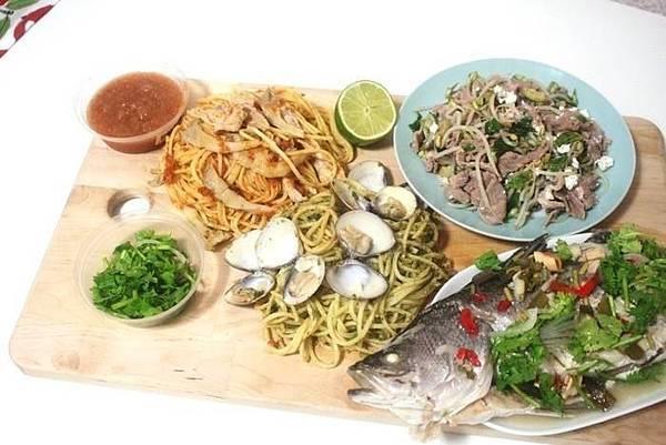 泰式檸檬魚、羊肉沙拉、還有百香果雞肉沙拉