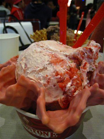 [Cold Stone]草莓美苺*大璞