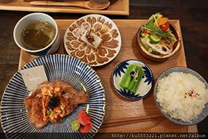 KoKoni Cafe.jpg