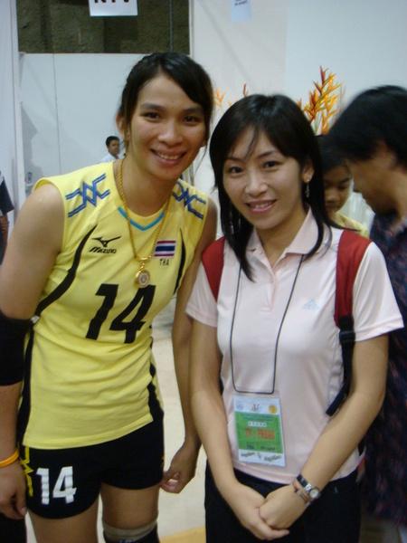 很像……丫甘……的泰國女排亞運時的隊長