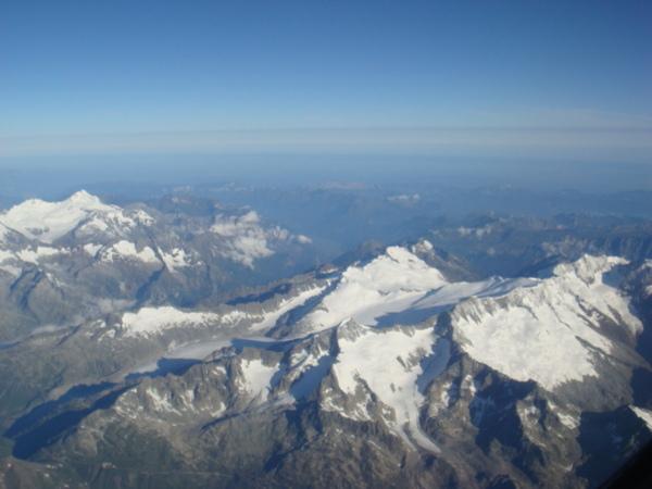 07.07.31-20機上看到的阿爾卑斯山