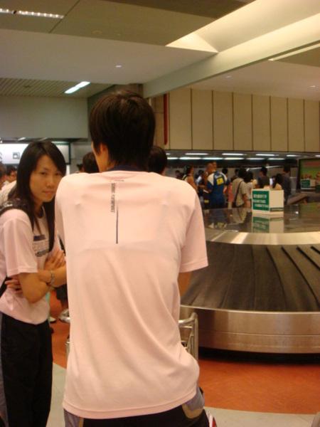 07.08.13-16等我們的行李