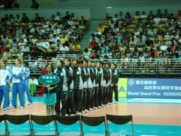 07.08.17-28...2007年的中華女排隊