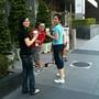 09.09.26所以大伙兒跑去買啦!怡霈拍的照,興哥和實習生COCO一起入鏡