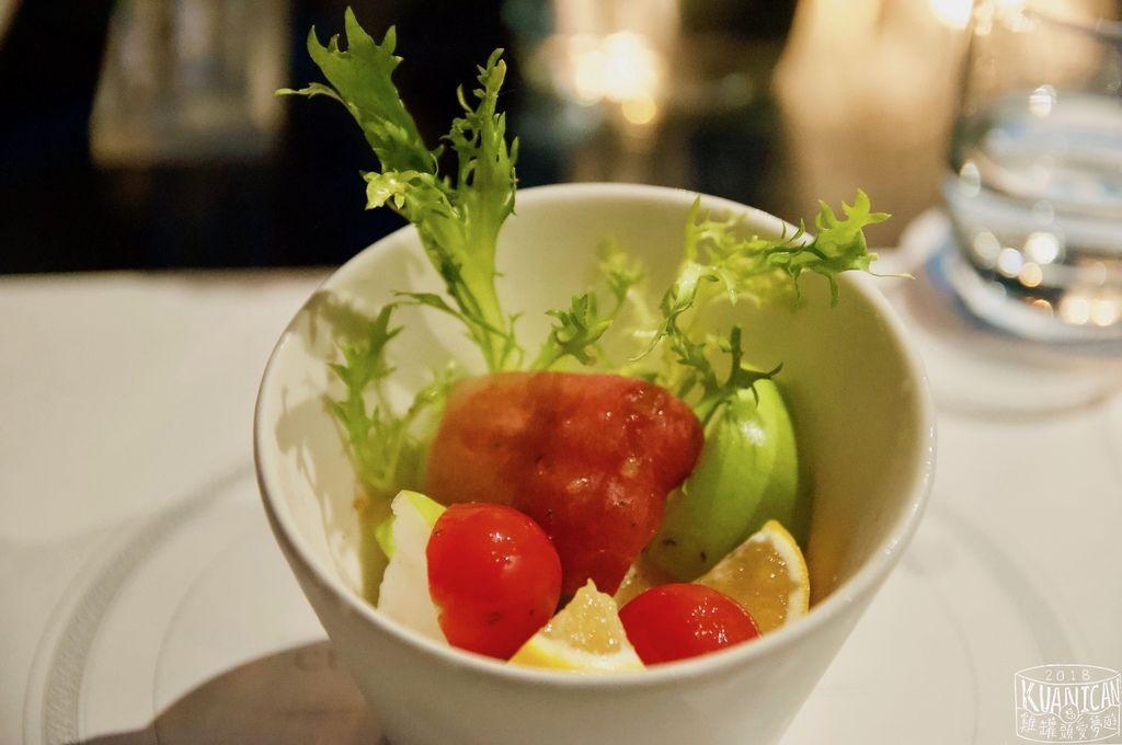 第一道新鮮水果沙拉.jpg
