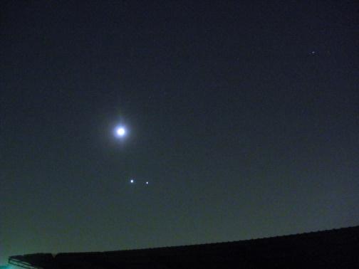 雙星拱月01.jpg