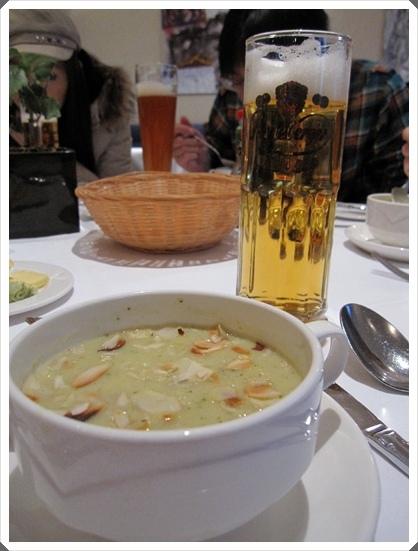 124.晚餐前菜:湯.jpg
