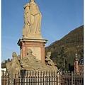24.老橋上的雕像.jpg